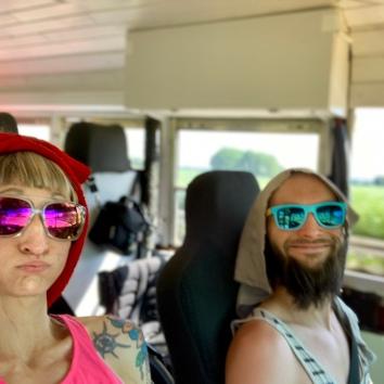 Die Rücktour war dann doch etwas heissssss im School Bus ...